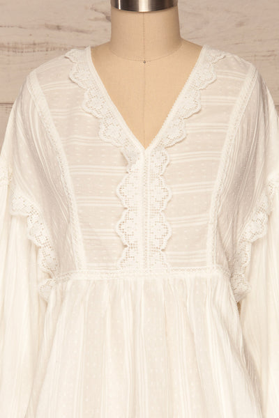 Hillerod White Blouse with Lace Details front close up | La Petite Garçonne