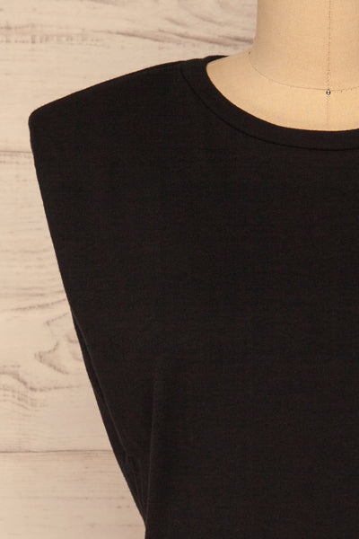 Himera Black Sleeveless Shoulder Padded Top | La petite garçonne front close-up