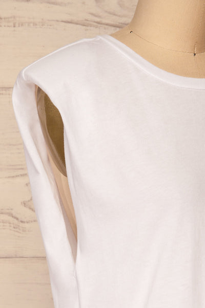 Himera White Sleeveless Shoulder Padded Top | La petite garçonne side close-up