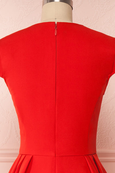 Iktomi Red A-Line Midi Dress w/ V Neck back close up | Boutique 1861