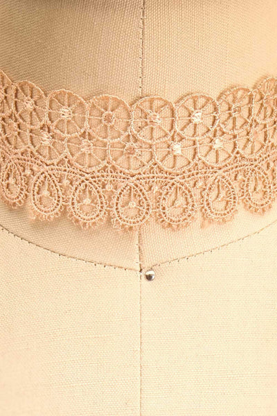 Immane Douceur Pink Floral Lace Choker Necklace | Boutique 1861 2