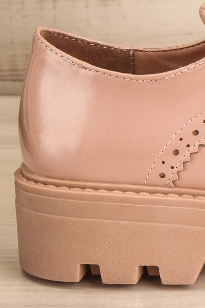 Itza Beige Pink Matt & Nat Oxford Shoes side back close-up | La Petite Garçonne
