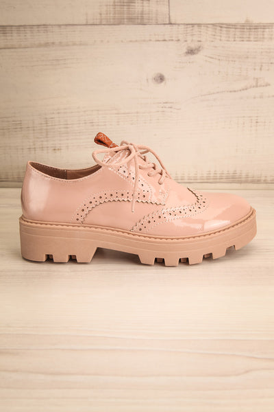 Itza Beige Pink Matt & Nat Oxford Shoes side view | La Petite Garçonne