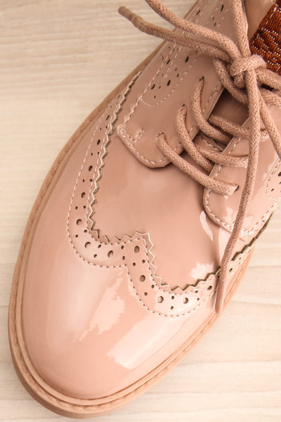 Itza Beige Pink Matt & Nat Oxford Shoes flat close-up | La Petite Garçonne