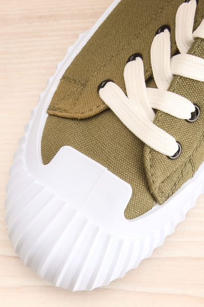Jappy Green Canvas Lace-Up Sneakers | La petite garçonne flat close-up