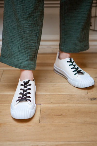 Jappy Green Canvas Lace-Up Sneakers | La petite garçonne model