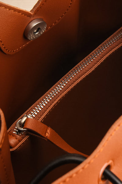 Jasmine Cognac Faux-Leather Pixie Mood Tote Bag inside close-up | La Petite Garçonne