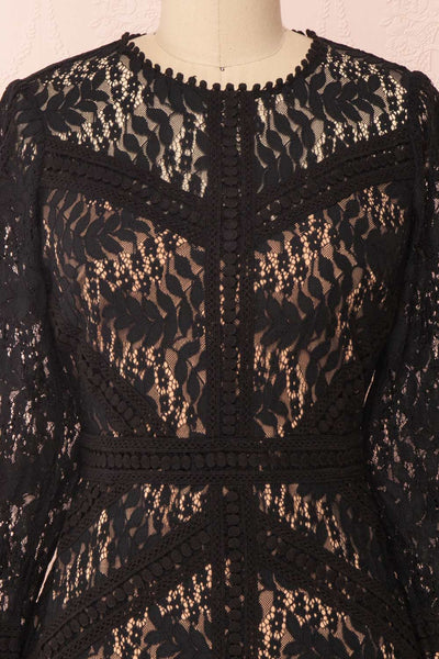 Jessamy Noire Lace Dress | Robe Cocktail | Boutique 1861 front close-up