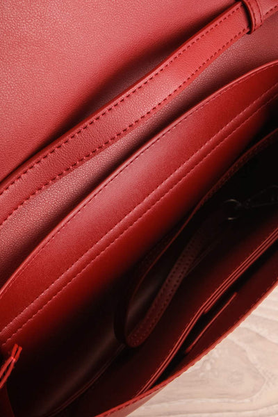 Jodith Red Faux-Leather Pixie Mood Handbag inside close-up | La Petite Garçonne