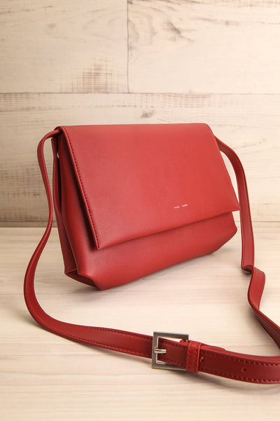 Jodith Red Faux-Leather Pixie Mood Handbag side view | La Petite Garçonne
