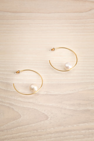 Kandanos Gold Hoop Earrings with Pearls | La Petite Garçonne
