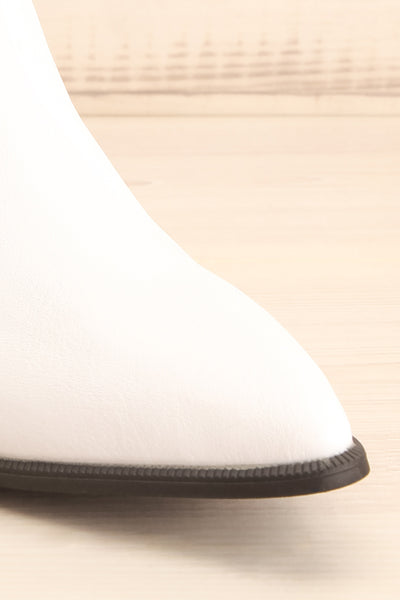 Khalkis White Western Style Ankle Boots front close-up | La Petite Garçonne