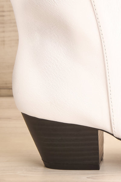Khalkis White Western Style Ankle Boots heel close-up | La Petite Garçonne