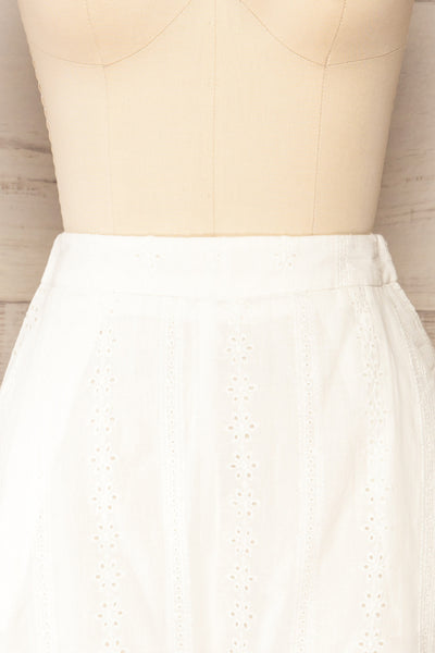 Khori White High-Waisted Embroidered Shorts | La petite garçonne  front close-up