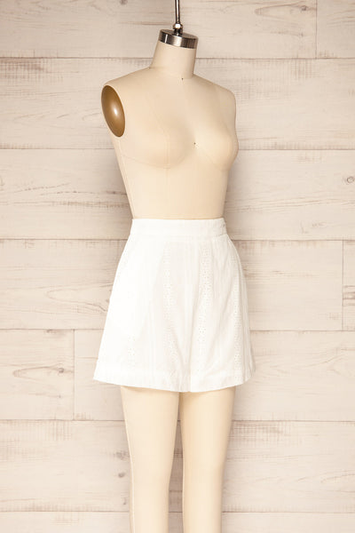 Khori White High-Waisted Embroidered Shorts | La petite garçonne   side view