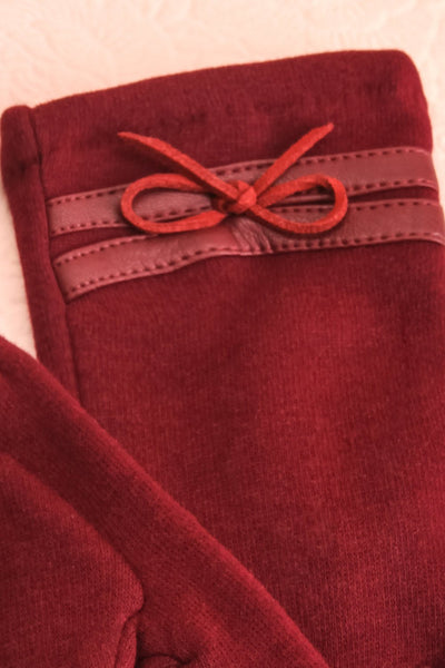 Kramatorsk Burgundy Faux-Fur Lined Gloves with Bow | Boutique 1861 2