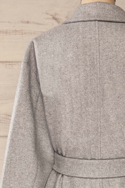 Krzyz Grey Open Felt Coat with Belt | La petite garçonne back close-up