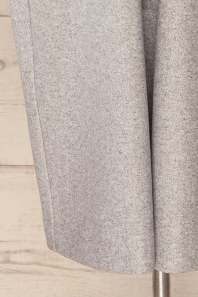 Krzyz Grey Open Felt Coat with Belt | La petite garçonne bottom