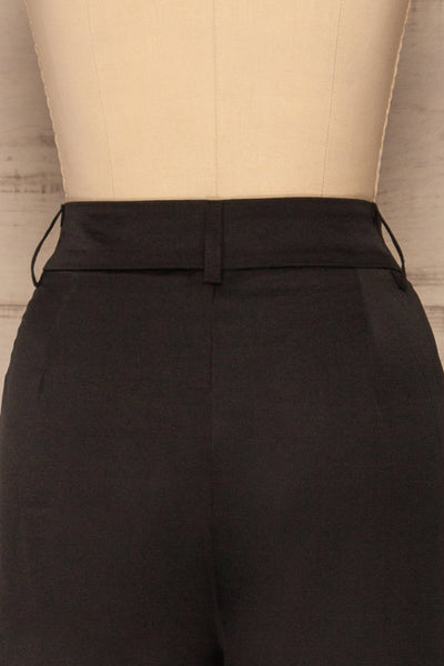 Laholm Poivre Black Trousers | Pantalon | La Petite Garçonne back close-up