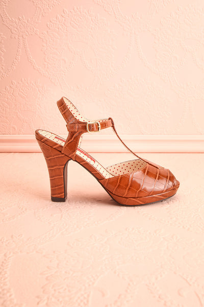 Laurentine Brown Retro Heels | Talons Rétro | Boutique 1861 side view