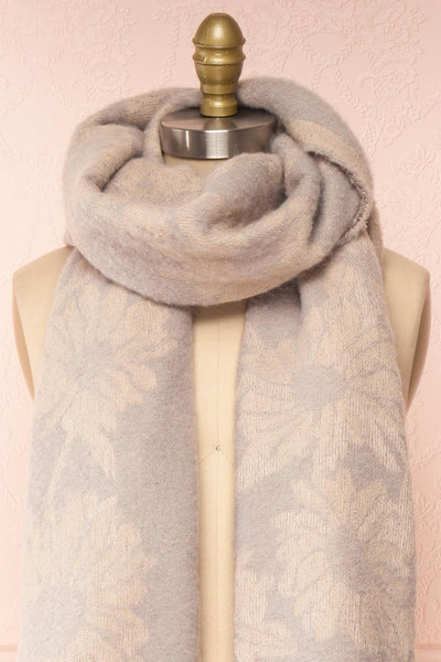 Le Bal Grey Soft Knit Scarf | La petite garçonne close-up