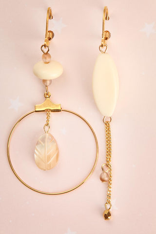 Lina Cavalieri Golden & Ivory Pendant Earrings | La Petite Garçonne 1