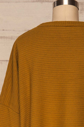 Magan Mustard Knit Sweater | Tricot back close up | La Petite Garçonne