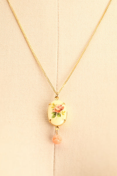 Marie Doro White & Golden Floral Pendant Necklace | Boutique 1861 4