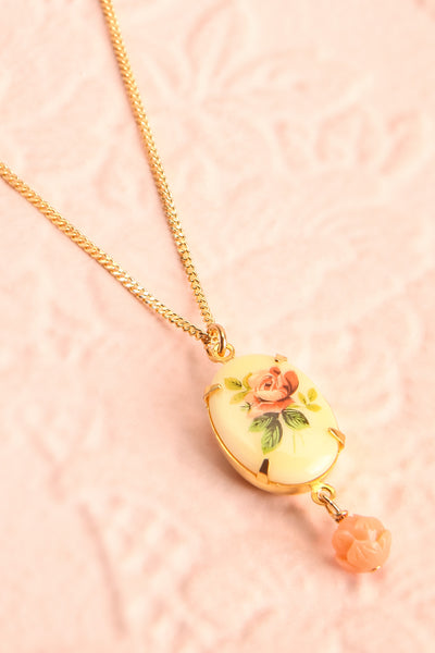 Marie Doro White & Golden Floral Pendant Necklace | Boutique 1861 2