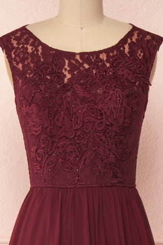 Marnie Burgundy Lace Gown | Robe Longue front close up | Boudoir 1861