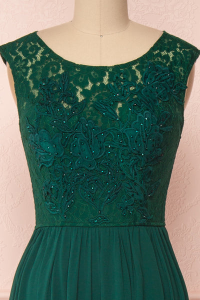 Marnie Emerald Green Lace Gown | Robe Longue front close up | Boudoir 1861