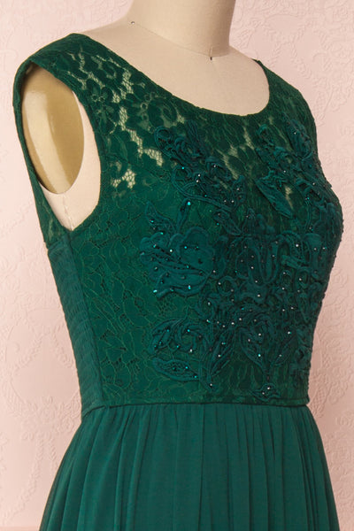 Marnie Emerald Green Lace Gown | Robe Longue side close up | Boudoir 1861