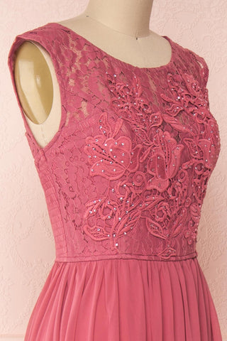Marnie Rose Pink Lace Gown | Robe Longue side close up | Boudoir 1861