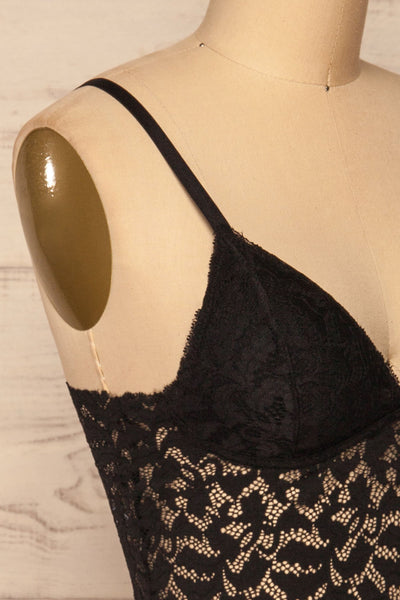Motovune Black Lace Bralette | La petite garçonne side close-up
