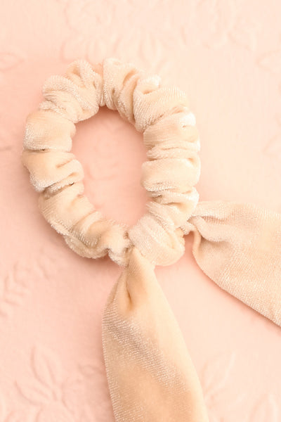 Nopal Ivory Velvet Hair Scrunchie w/ Bow | Boutique 1861 close-up