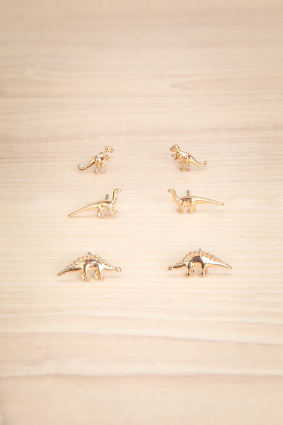 Oitilon 3 Pairs of Gold Dinosaur Stud Earrings | La Petite Garçonne