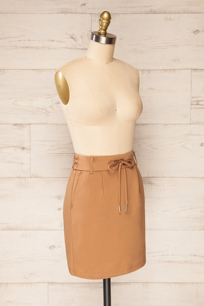 Olkusz Camel High-Waisted Short Skirt | La petite garçonne side view