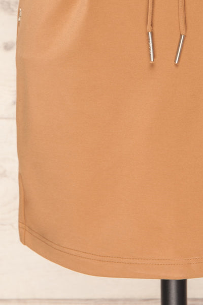 Olkusz Camel High-Waisted Short Skirt | La petite garçonne bottom close-up