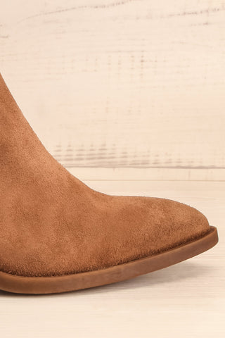 Ormesson Taupe Suede Ankle Boots | La Petite Garçonne Chpt.2 side front close-up