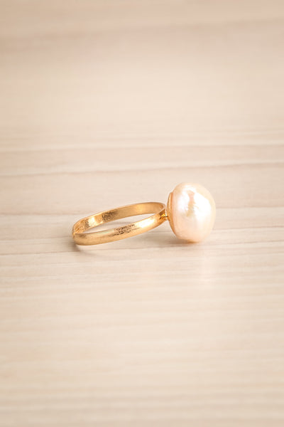 Ottignaga Golden Adjustable Ring with Pearl | La Petite Garçonne 2