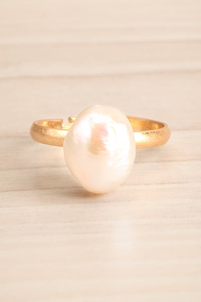 Ottignaga Golden Adjustable Ring with Pearl | La Petite Garçonne 1