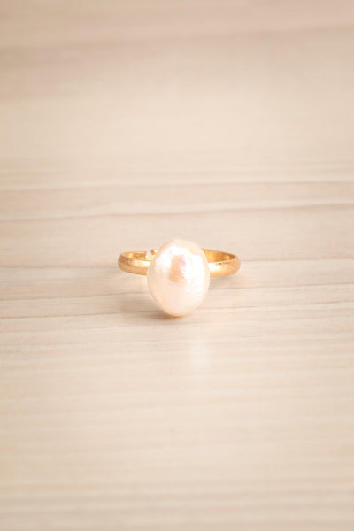 Ottignaga Golden Adjustable Ring with Pearl | La Petite Garçonne
