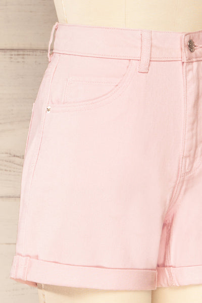 Park Pink High-Waisted Denim Shorts | La petite garçonne side close-up