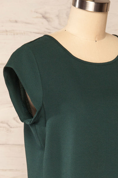Perth Green Crepe Short Sleeve Blouse | La petite garçonne side close up