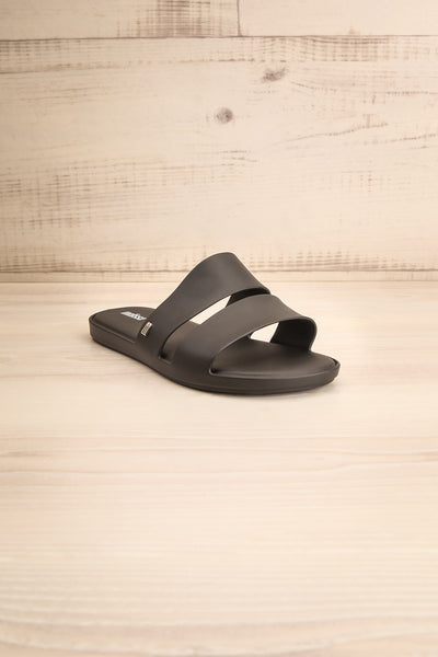 Pichincha Black Slip-On Sandals | La petite garçonne front view