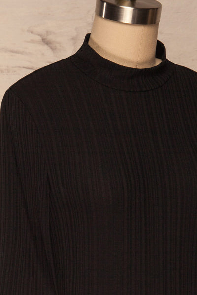 Pieszyce Black Mock Neck Top side close up | La petite garçonne