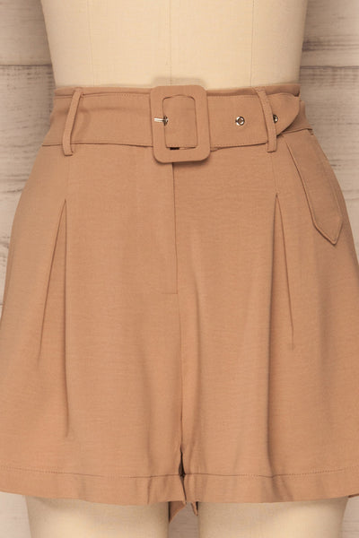 Pitesti Beige High Rise Shorts | La Petite Garçonne front close-up