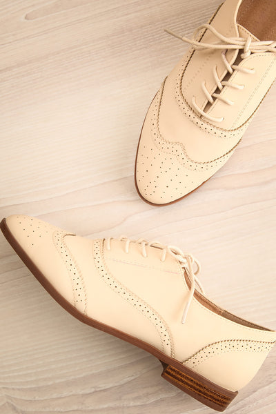 Prevot Perle Cream Lace-Up Brogue Shoes | La Petite Garçonne