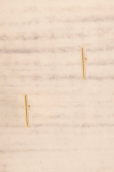 Quare Or Gold Dipped Bar Stud Earrings close-up | La Petite Garçonne