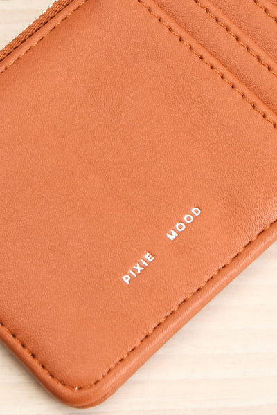 Quinn Cognac Vegan Leather Wallet close-up | La Petite Garçonne